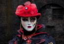 Zo kun je carnavalskleding dragen op een feestje